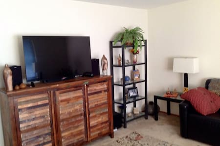 One bedroom queen size bed in three bedroom apartment. Quiet upscale area within walking distance to Stanford, Caltrain, Stanford shopping center, Supermarket. (website hidden) is close by as is Stanford University avenue shopping and restaurants.