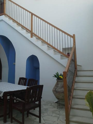 LEFKARA VIEW APARTMENT - Πάνω Λεύκαρα - Townhouse