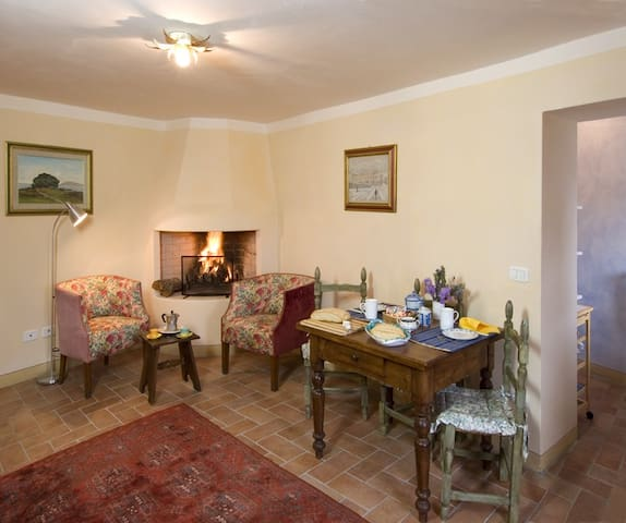 Casa Teresa, romantic apt with a stunning view - Porciano, Stia, Italy - Appartement