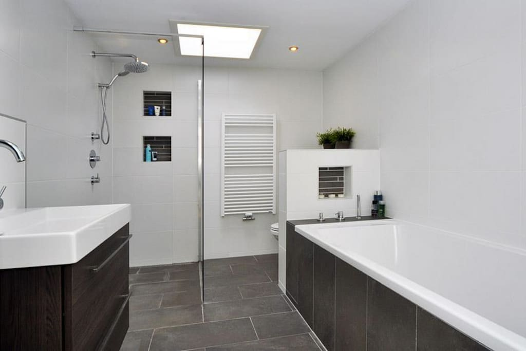 Comfortable bathroom including bathtub