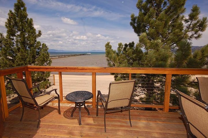 Why we love Tahoe -Lakefront! - South Lake Tahoe - House
