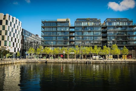 Waterview in Grand Canal Dock