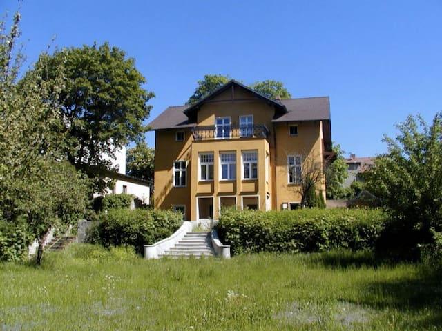 Villa Kami am See-Idyll bei Berlin
