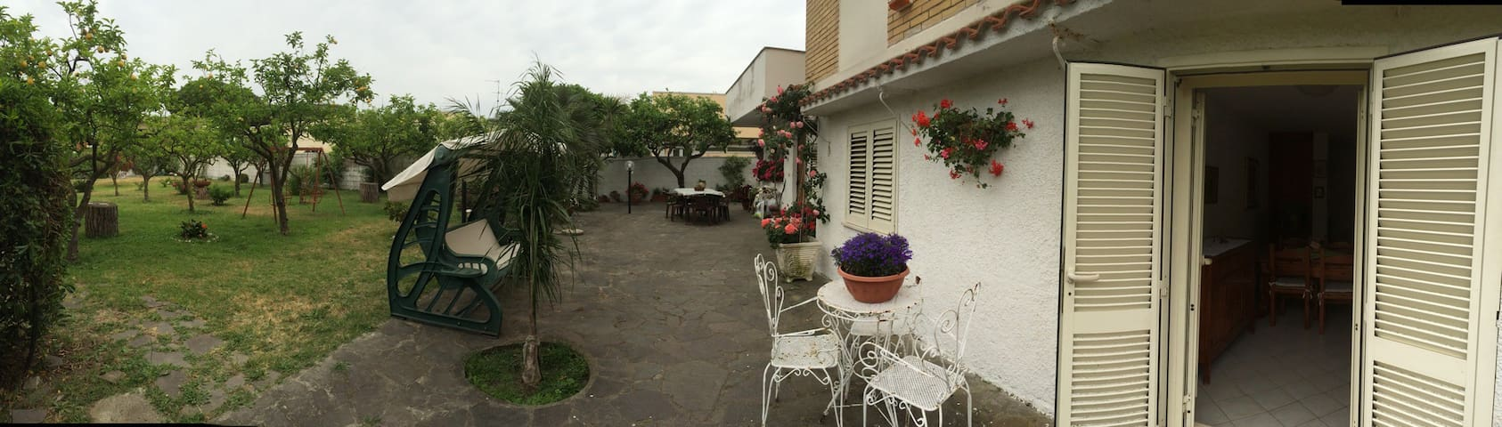 40 seconds walk to the beach!!! - Terracina - Apartment