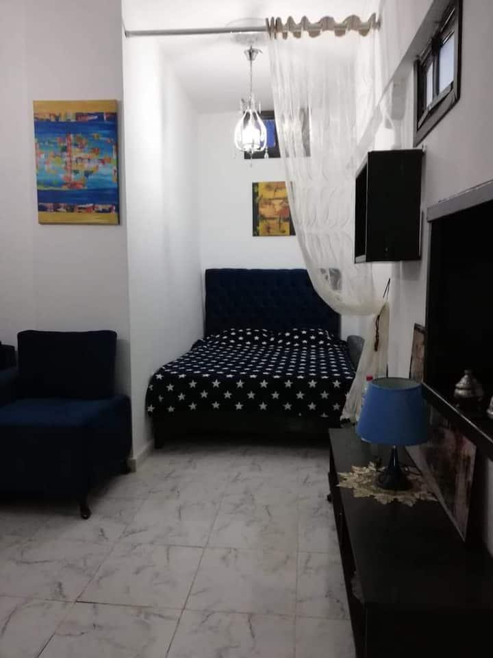 Grande chambre privée au cœur de Tunis