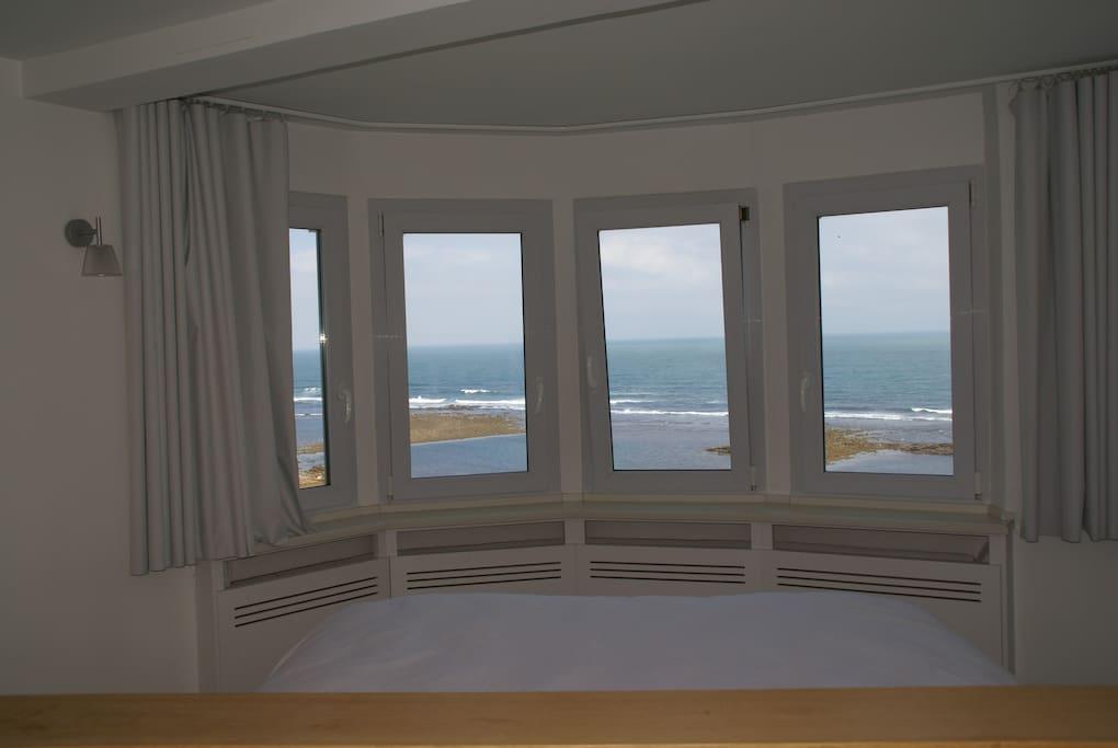 chambre principale, vue panoramique sur océan