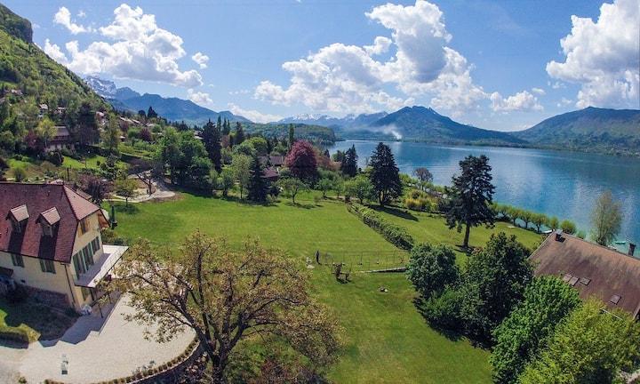 Bord du lac d'Annecy, studio des Sources 2/3 pers