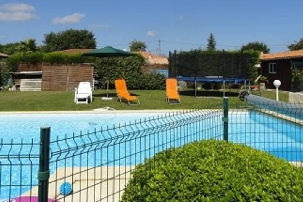 Ideal bassin d 39 arcachon piscine sel houses for rent in for Piscine gujan mestras
