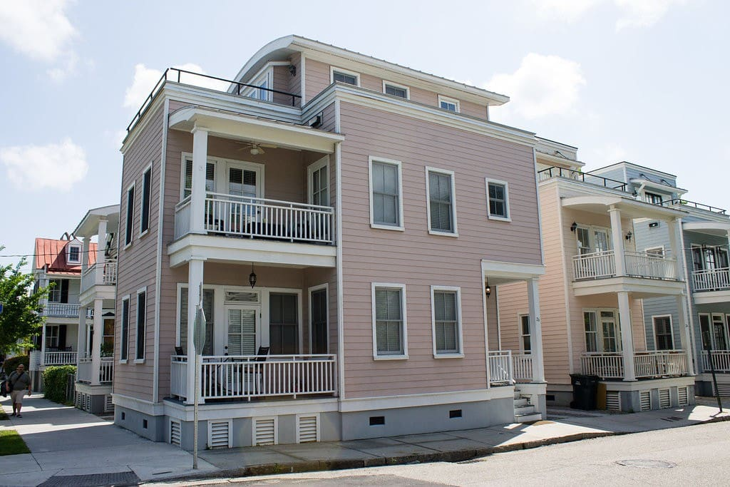 Beautiful Charleston single with porches on each floor