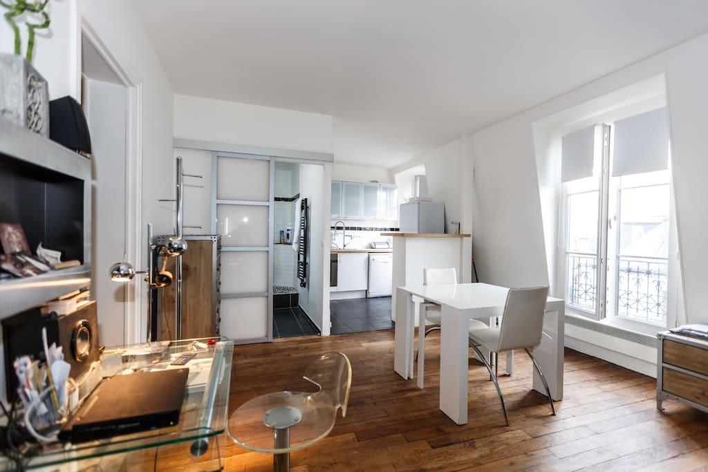 appart design aux batignolles appartements louer paris le de france france. Black Bedroom Furniture Sets. Home Design Ideas