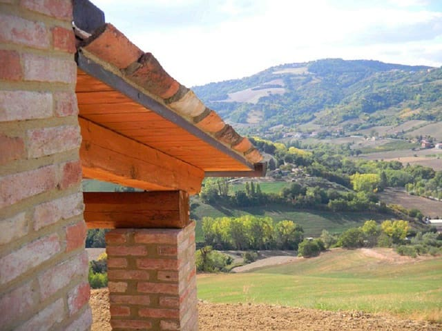Enjoy Le Marche and the countryside near Urbino