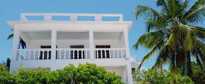 Villa Mina Beachhouse