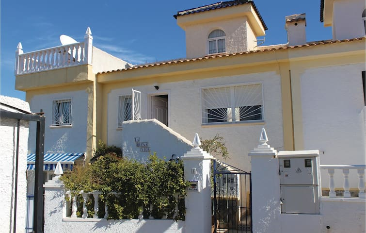 Terraced house with 2 bedrooms on 65 m² in Rojales