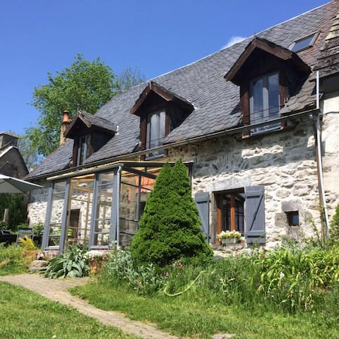 B&B La Burande - La Tour-d'Auvergne - Bed & Breakfast
