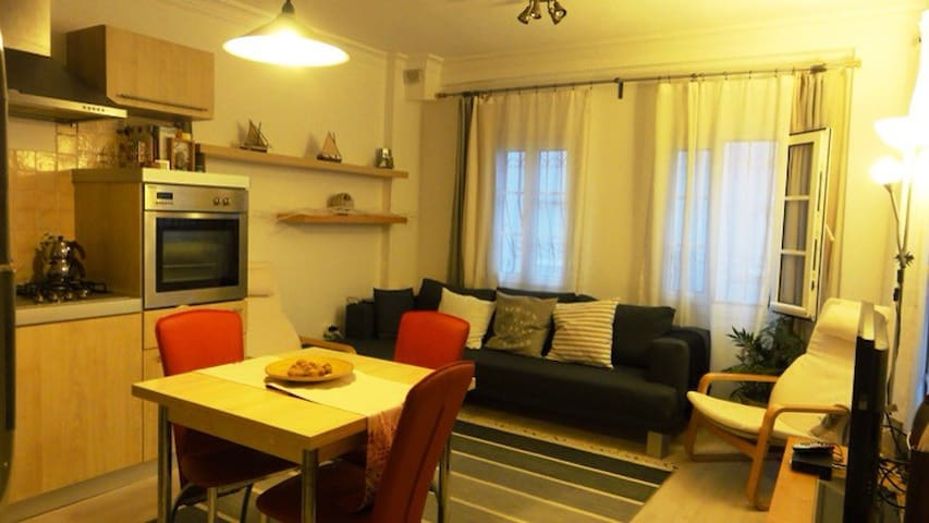 Cosy apartment centrally located - Turgutreis - Apartemen