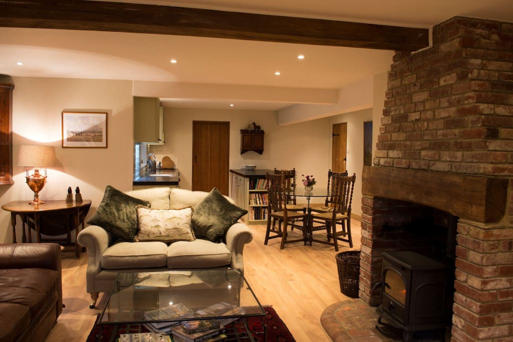 Open plan - light and spacious
