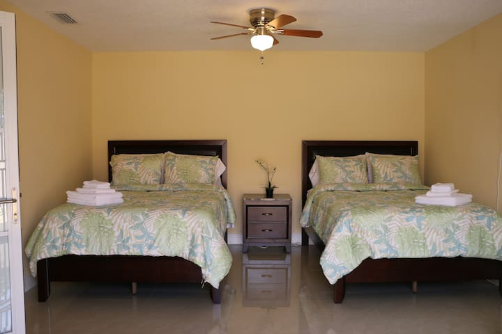 Spacious Private Room(4) - Miami - Huis