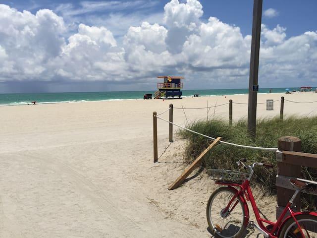 Apartment  50ft from the Beach - Miami Beach - Apartamento