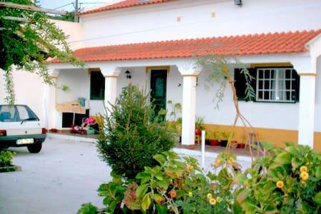 Casa de Campo - Mora - Évora - Mora - Vila