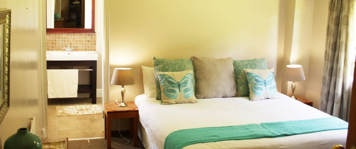 Invermooi Estate - Mooi Lodge (self catering)