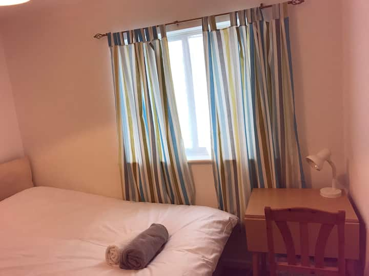 Double Room (Medium Size) Free parking