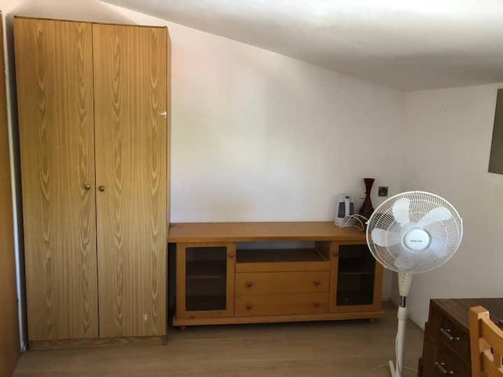 Eshkolit comfortable room in Karmiel City