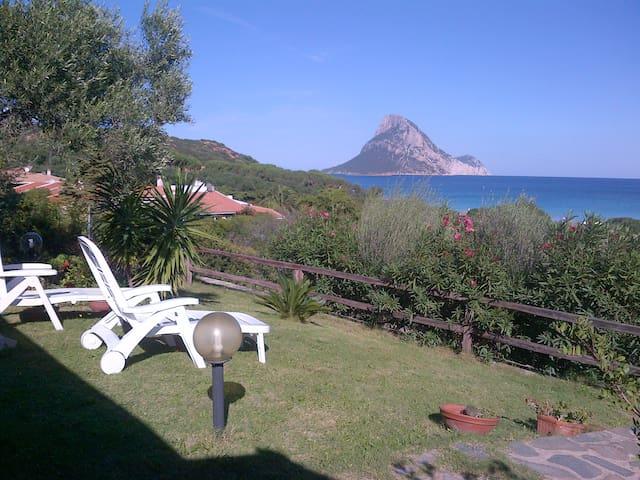 casa a 80 m. dalla spiaggia - Porto Taverna