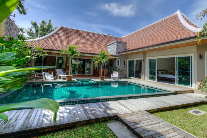 Grand Pool Villa, 3bedroom in Rawai - Rawai - Ev