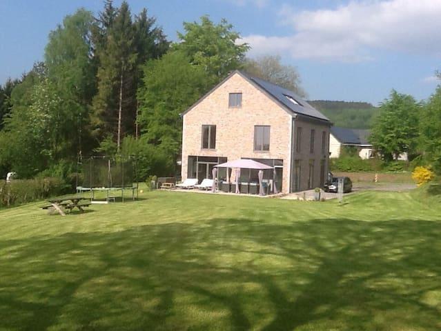 Maison de style dans les Ardennes - Manhay