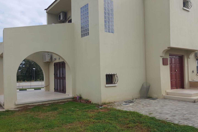 Excellent villa in Iskele, Bahceler