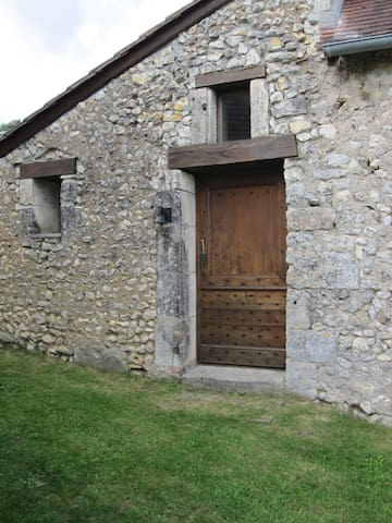 chambre d'hotes independante - Milhac d'auberoche - Bed & Breakfast