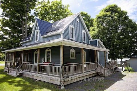 Brookhaven House