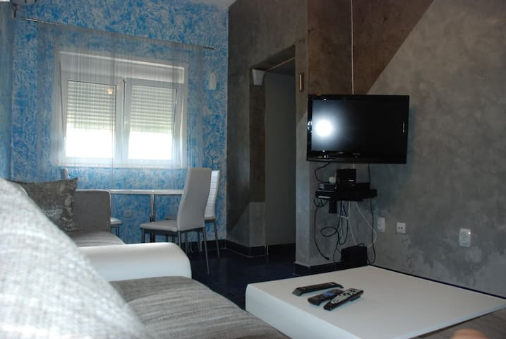 Welcome to  Apartment Ljiljanic1 - Lastva Grbaljska - Apartament