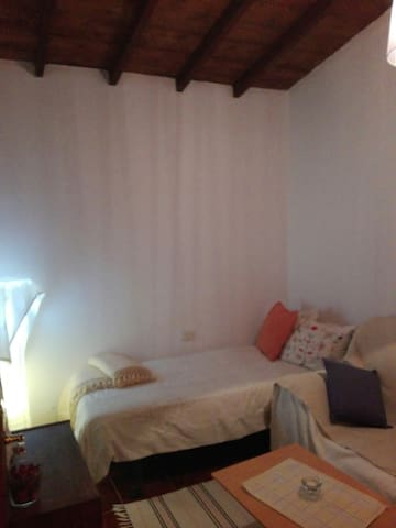 Lovely room with garden and BBQ South Tenerife
