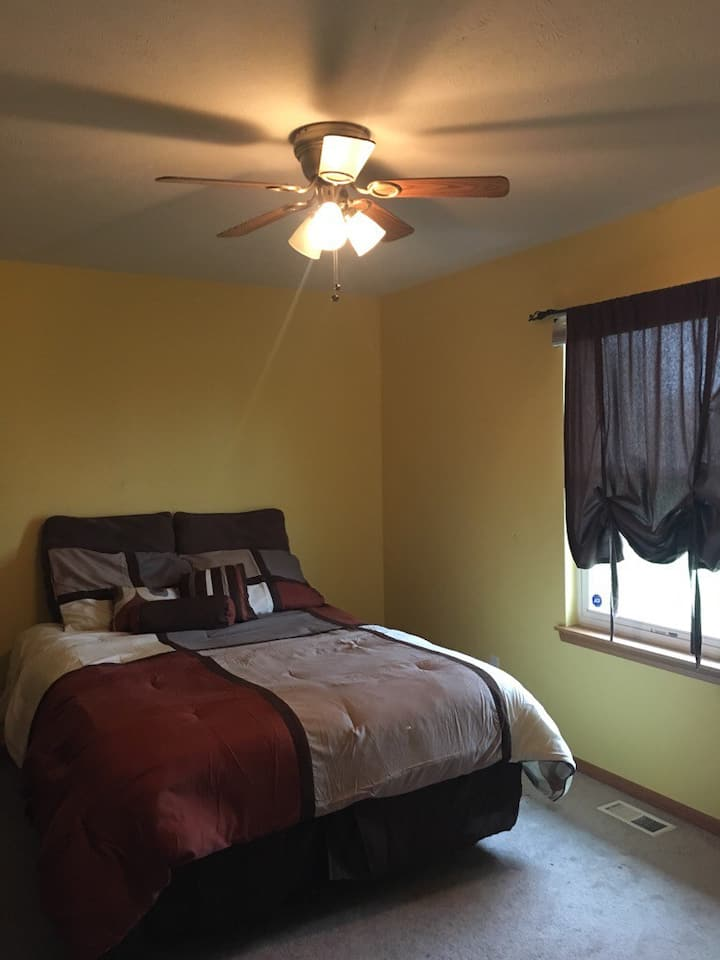Queen Bedroom on first floor