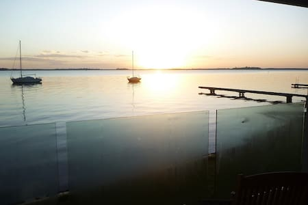 Cedar Cottage B&B on Lake Macquarie - Coal Point - Bed & Breakfast