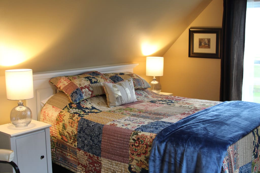 A queen size comfortable bed and private, quiet apartment awaits you.