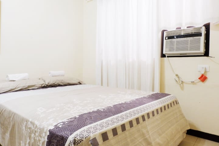 Cozy Room for 2 in Downtown Area - Davao City - House