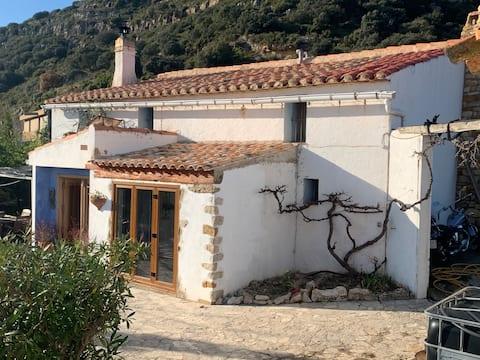 Valencian farmhouse with stunning Mountain View