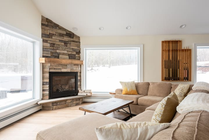 Ski Mountain Chalet w/ Hot Tub, Fireplace, Privacy