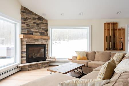 Ski Mountain Chalet w/ Hot Tub, Fireplace, Privacy