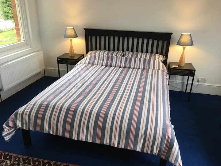 King Size with bathroom, breakfast(1st of 2 rooms)