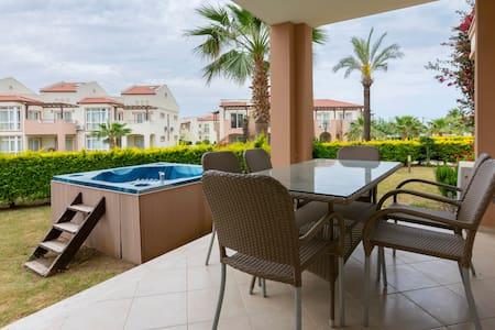 Adonis 39-53, Apollonium SPA and Beach Resort