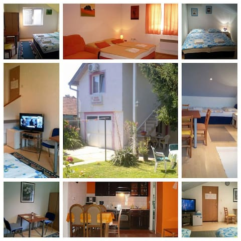 Corry Room for 3 persons with WiFi - Bilje - Pis