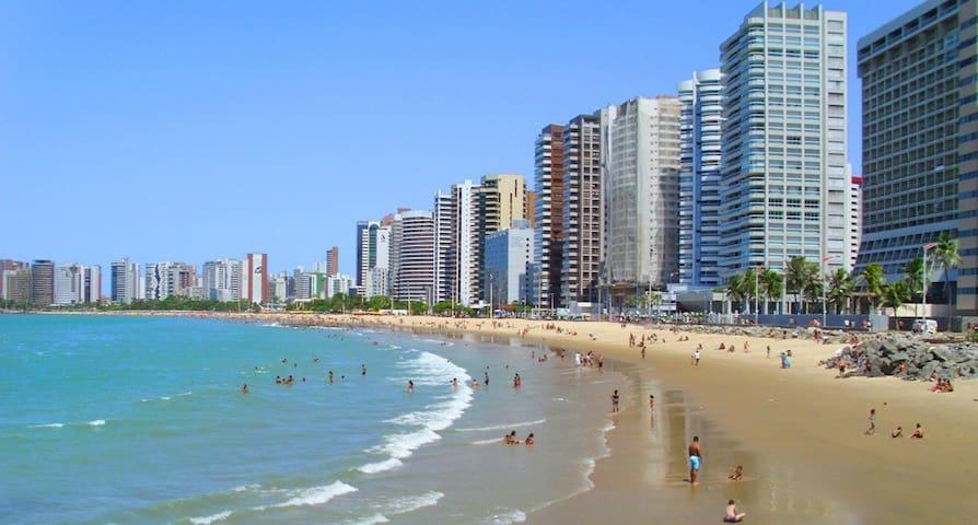 Suites Aconchegantes a 300 metros da Beira Mar - Fortaleza - Lejlighed