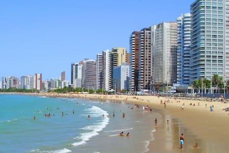 Suites Aconchegantes a 300 metros da Beira Mar - Fortaleza - Wohnung