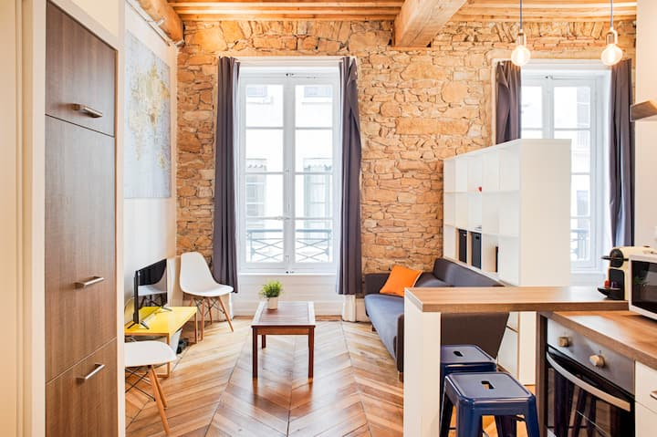 Studio André-Marie Ampère - Hôtel de Ville