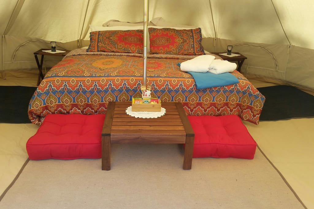 A king size bed awaits you. Wake to the sounds of Bellbirds.
