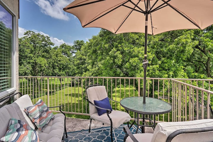 Riverfront New Braunfels Condo w/ Pool Access