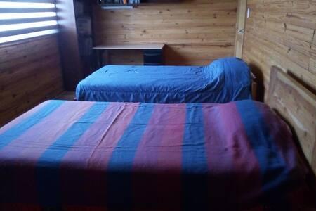 Habitación en casa. La Pampa Pomasqui Quito Ec.